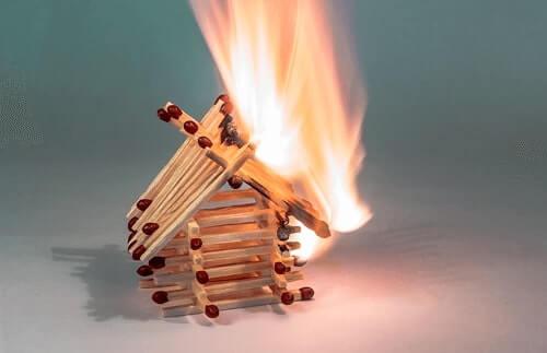Assicurazione incendio e Scoppio